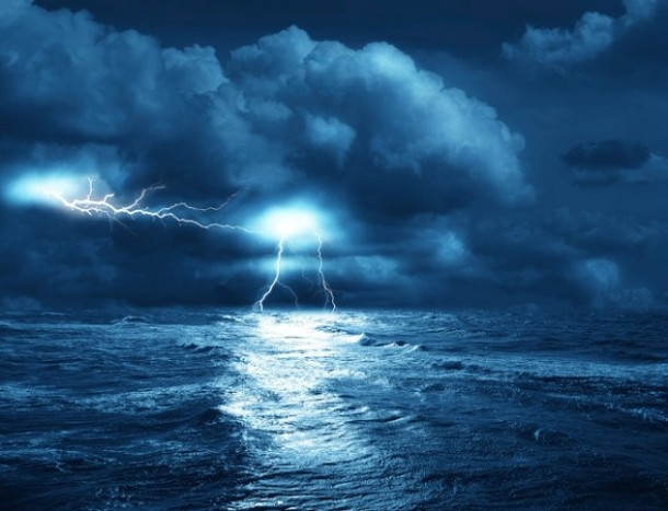 more okean munja grom oluja uragan