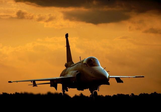 amerika avion bombardovanje2
