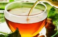 Daje bolje rezultate nego zubna pasta: Dodajte ovo u čaj i izbelite zube!