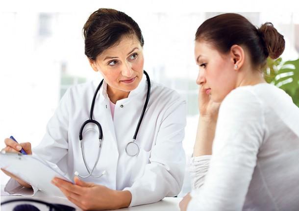 doktor pacijent pregled ghfjh45