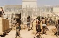 Mi smo robovi, vidite li kavez: Ovo je priča o našem ropstvu, kako smo postali robovi i kako ćemo se konačno osloboditi