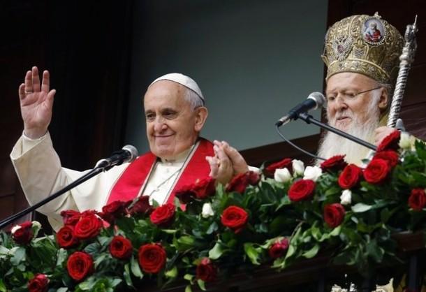 """""""Istočni papa"""" kao vojnik Zapada udara na pravoslavlje – na meti i srpska Crkva"""