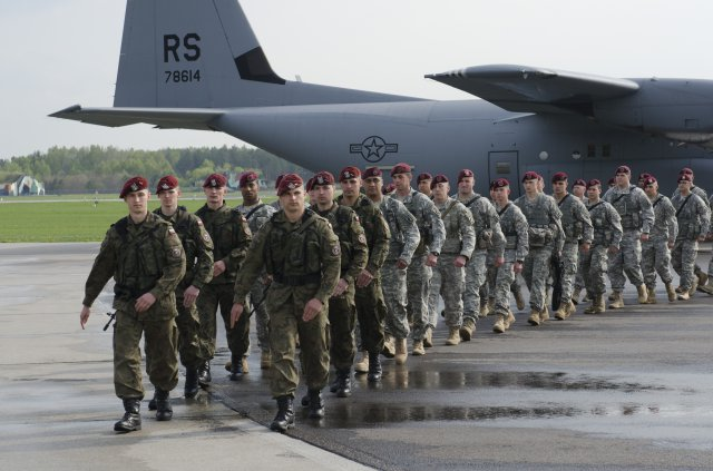 PREOKRET: Savezništvo Prištine sa Podgoricom i Zagrebom protiv Beograda ruši ugled NATO i stvara otpor Srba