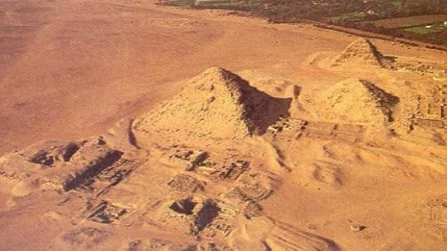 abusir piramida