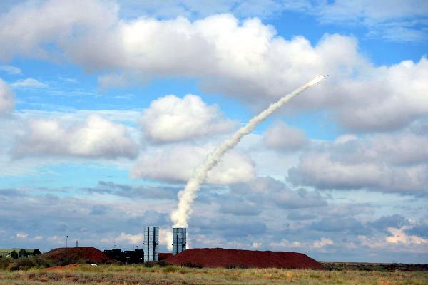 Rusi se spremaju za rat: S-400 oborio sve hipersonične rakete napadača