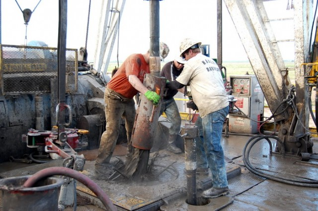 RUSI OBORILI NAJVEĆU LAŽ U ISTORIJI SVETA: Nafta nije ograničen resurs i neće nestati – EVO ŠTA SE IZA SVEGA KRIJE