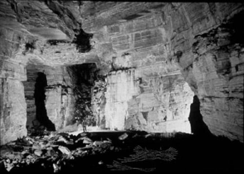 Los Tayos Cave2