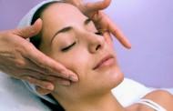 Japanska masaža: 10 godina mlađe lice za samo 2 nedelje