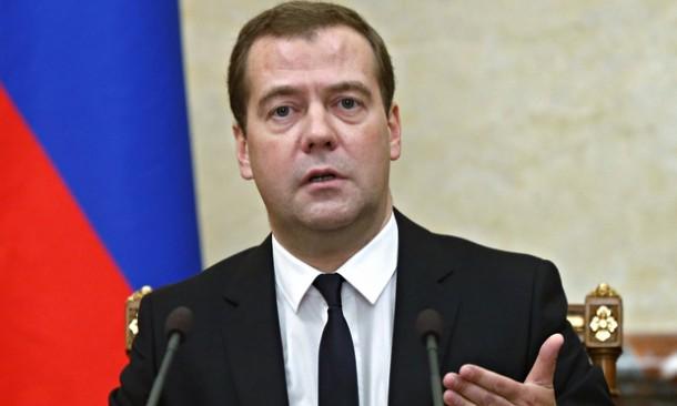 Medvedev objasnio razloge zašto je morao da ode