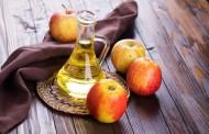 Zašto bi trebalo da ispirate kosu jabukovim sirćetom