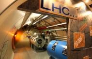 CERN demantuje da traži vrata druge dimenzije, ali im niko ne veruje