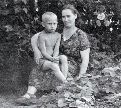 putin-mother