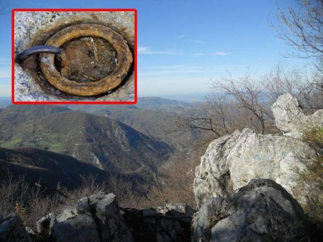dzinovski-prstenovi-u-bosanskim-planinama