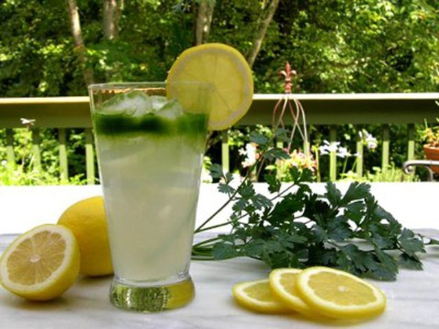 sok-od-limuna-i-persuna