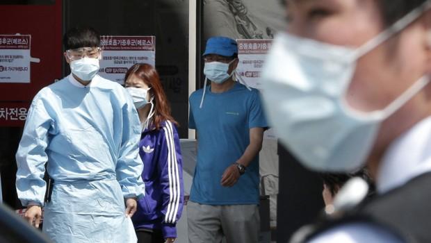 Od običnog gripa u SAD umrlo 14.000 ljudi a mediji prave histeriju od koronavirusa od kojeg je umrlo 1.665 ljudi i to SVI KINEZI