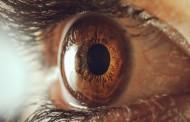Naučno dokazano: Intenzivno gledanje u nečije oči može drastično da promeni vašu svest