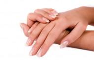 Pogledajte svoje nokte i obratite pažnju na njihov oblik, evo šta to znači