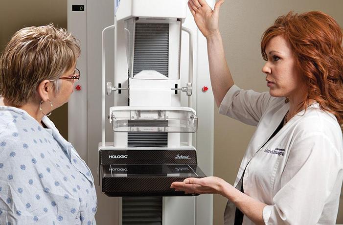Doktori upozoravaju žene: Prestanite da nosite brusthalter! Ovo su razlozi…