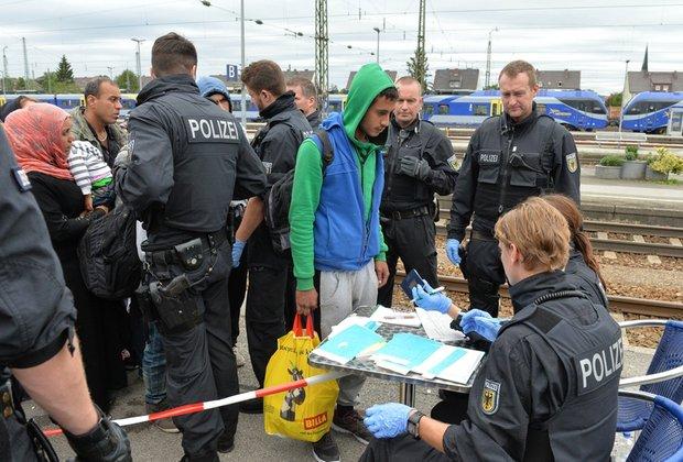 NAJNOVIJA VEST: U Nemačkoj nestalo 1.800 maloletnih migranata