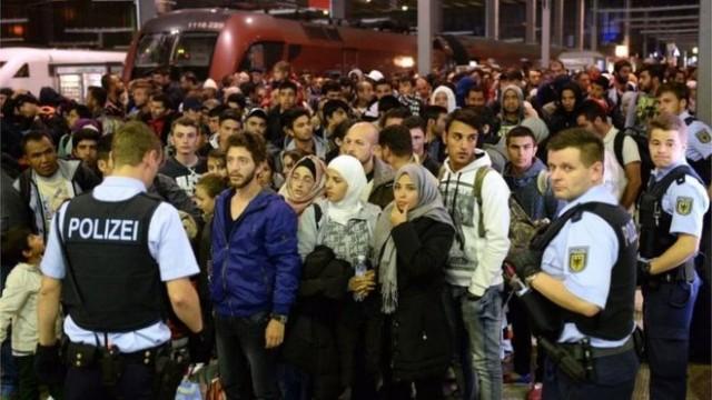 Šokantan izveštaj Dojče Vele: Austrija vraća migrante u Srbiju – Vlast u Beogradu krije sporazum