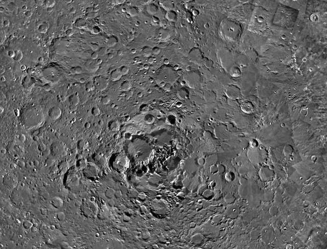 mesec-severni-pol