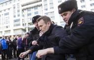 """Kad se """"Indexu"""" snilo ono što mu milo: Demonstracije masovne, Kasparov legenda, Navaljni genije, Rusija u agoniji, kraj Putinove diktature …"""