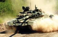 Rusija grupiše vojsku i naoružanje na granice