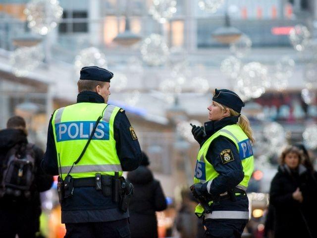 NA PUTU BESPOVRATNOG NESTANKA – Ministar policije: Stranci tuku Šveđane i vrše im nuždu u usta, jer nisu integrisani i osećaju se bespomoćno