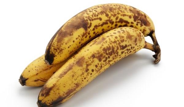 Nećete verovati ali pogledajte šta se dešava kada jedete zrele banane sa tačkicama