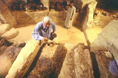 hawass-tomb-valley-golden-mummies