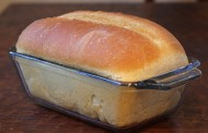 Ispekla hleb, a kada ga je presekla, sve je ostavila u čudu – VIDEO