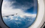 10 razloga zašto u avionu uvek treba sedeti do prozora