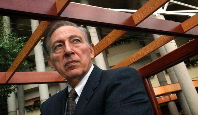 Dr. Robert Gallo3