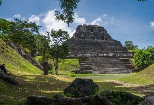 maja piramida grobnica