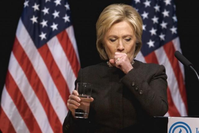 BANKARI U TEŠKOM ŠOKU, NJIHOV KANDIDAT U BIZARNOJ SCENI: Pogledajte šta je Hilari iskašljala, neki kažu da su to …