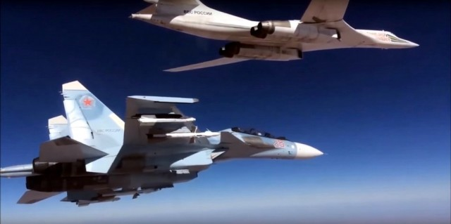 rusija-avioni-su-30-tu-160