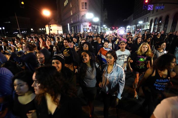 """Demonstranti u Sijetlu stvorili """"Autonomnu zonu"""" u kojoj ne važe  zakoni SAD"""