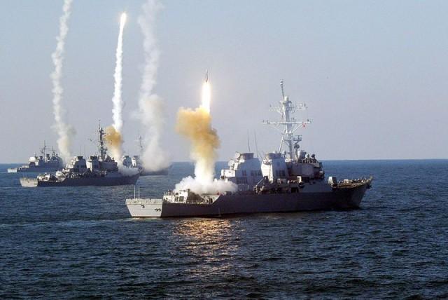 Ništa ne ide kako je Zapad zamislio a ovome se nisu nadali: Rusija, Kina i Iran pokazuju silu na velikim vojnim manevrima