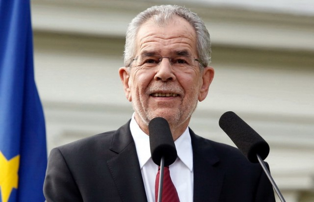 """Austrijski predsednik potvrdio """"moždanu smrt NATO-a, ali ni EU nije daleko"""""""