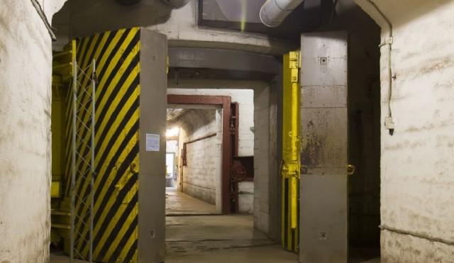 Otišli u vojni bunker da sačekaju kraj pandemije: Spremili hranu za dve godine
