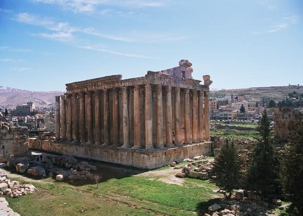drevno-liban-balbek-obelisk-kamen-3