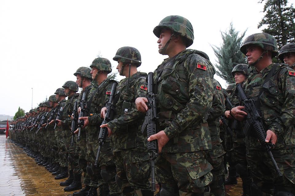 Albanska vojska ide na Kosovo