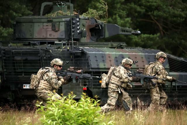 Bundeswehr Demonstrates New Puma Tank
