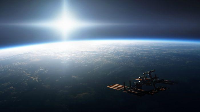 """Svemirska stanica snimila """"neobjašnjiv"""" plavi mlazni zrak koji izbija iz """"vanzemaljskog oblaka"""" (VIDEO)"""