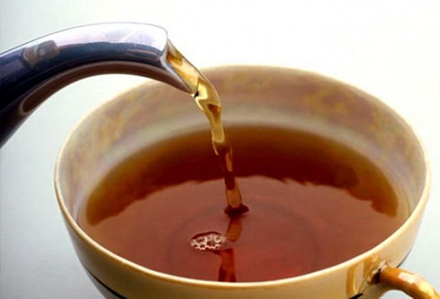 Čudo iz prirode: Ne postoji bolji lek za obaranje pritiska i holesterola od ovog čaja