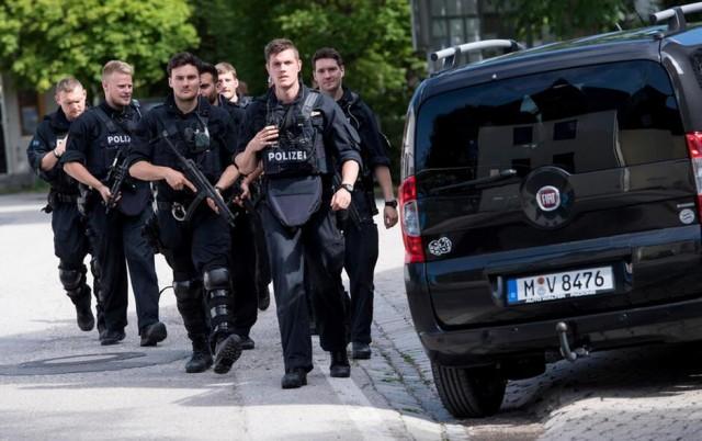 Nemac objavio manifest i pretnju Americi pa ubio 9 ljudi u Nemačkoj – VIDEO