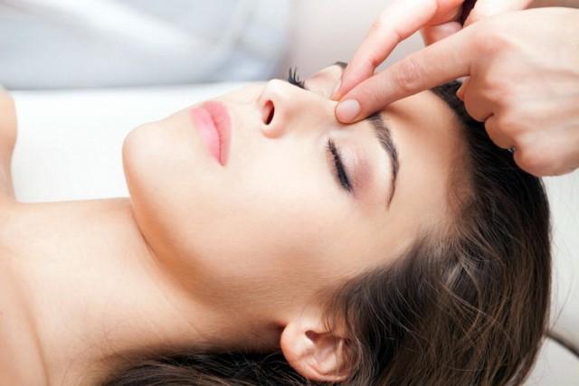 Kako da se rešite glavobolje za samo 5 minuta bez lekova