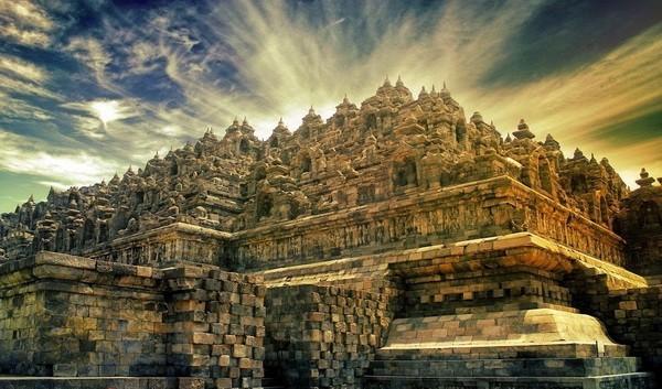 borobudur- hram- indonezija