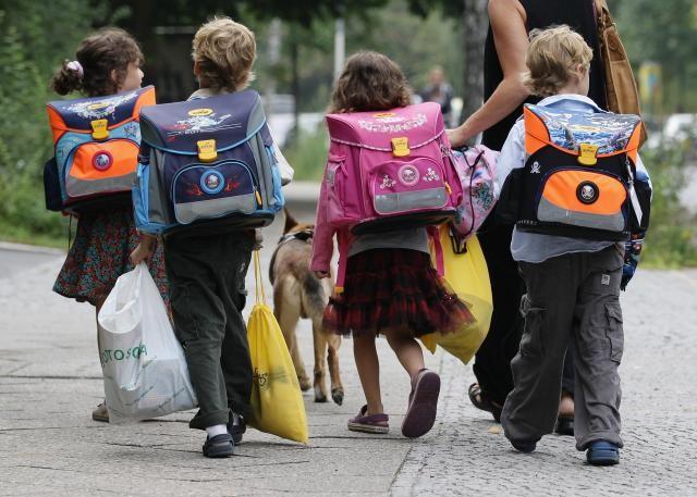 Srpska deca bojkotuju nastavu u Srebrenici