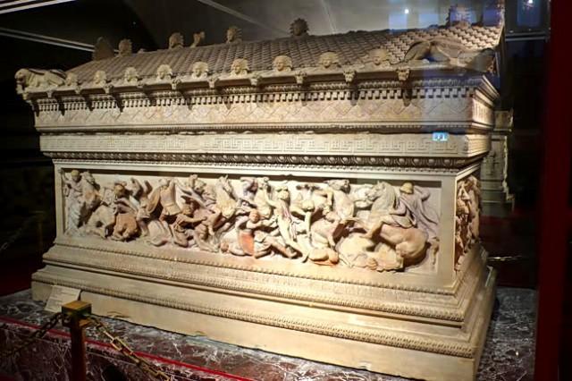 sarkofag aleksandar veliki3